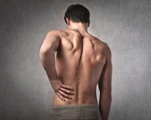 Jak radzić sobie z przepukliną? Poznaj alarmujące symptomy przepukliny!