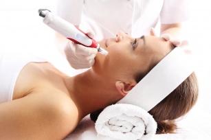Mezoterapia igłowa - nieoperacyjny zabieg przeciw starzeniu, łysieniu i rozstępom!
