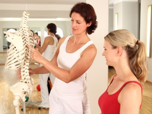 Profilaktyka osteoporozy. Czy można uciec przed chorobą? 10 rad!