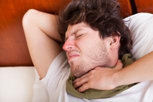 Poznaj szybkie i skuteczne sposoby na ból gardła