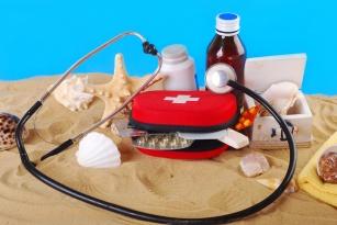 Wyposażenie apteczki - niezbędnik na wakacje