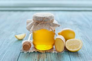 Kiszony czosnek, miód cebulowy, a może nalewka? Wypróbuj domowe receptury na wzmocnienie odporności!