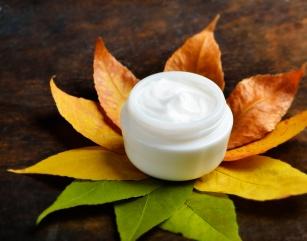 10 kroków do zadbanej skóry jesienią! Zobacz co jest hitem tego sezonu!