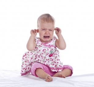 Zapalenie ucha u dziecka? Reakcja musi być natychmiastowa.