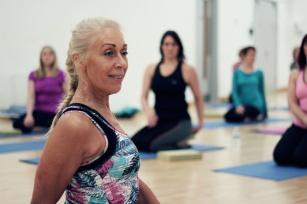 Rehabilitacja kręgosłupa w górach – turnusy rehabilitacyjne dla seniorów