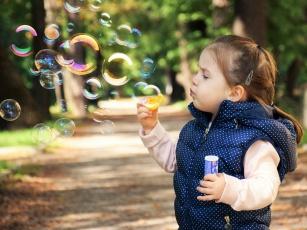 Co podawać dziecku, aby miało zdrowe zęby i kości?