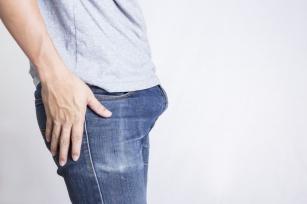 Poznaj przyczyny bolesnego i długotrwałego wzwodu