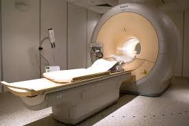 Jak wygląda badanie rezonansem magnetycznym i czy należy się go obawiać?