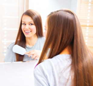 Marzysz o pięknych, zdrowych i lśniących włosach? Podpowiadamy, jaka dieta temu sprzyja.