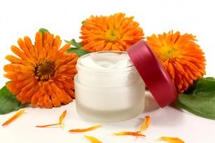 Kwiat nagietka lekarskiego: najlepszy sposób na załagodzenie podrażnień, ale nie tylko!