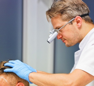 Jak leczyć łysienie androgenowe?