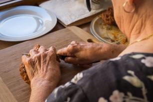 Poznaj sekret długowieczności - co jedzą stulatkowie?