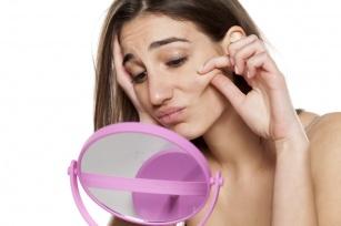 Precz ze zmarszczkami i suchą skórą! Wypróbuj domowe zabiegi upiększające