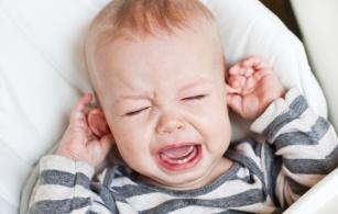 Pierwsza pomoc przy bolesnym ząbkowaniu! Czy wiesz, co przyniesie ulgę Twojemu dziecku?