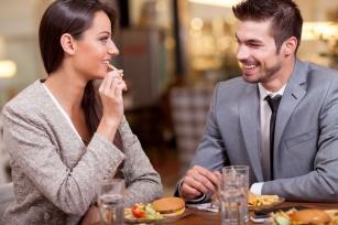 Obniżone libido a jedzenie. Czego NIE jeść, żeby mieć ochotę na seks?