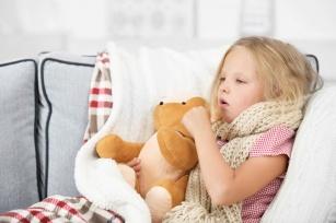 Uciążliwy kaszel u dziecka – kiedy zacząć się martwić?