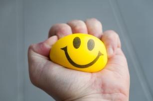 Z przyjemnością zwalcz stres! Poznaj 10 skutecznych sposobów na walkę ze stresem.