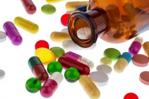 Czy wiesz, że na rynku sprzedaje się kilka rodzajów leków przeciwbólowych? Sprawdź, jak ich prawidłowo używać!