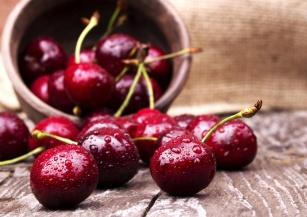 Obniżają poziom cholesterolu, zapobiegają anemii. Poznaj cenne właściwości wiśni