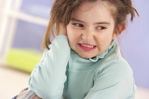 Zapalenie ucha u dziecka: dlaczego dzieci chorują i jak je leczyć?