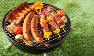 Wakacyjne grillowanie. Jak grillować potrawy w zdrowy sposób?