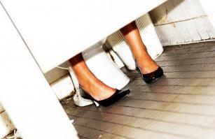 6 chorób, którymi można się zarazić w publicznej toalecie!
