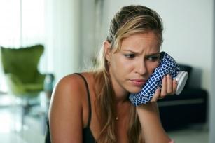 Domowe sposoby na ból zęba – co pomaga na ból zęba?