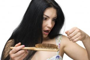 Wypadają ci włosy? Wypróbuj dary natury prosto z Indii.