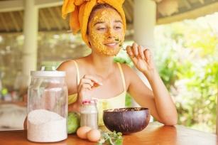 Kosmetyki naturalne, czyli zadbaj o siebie sama w domu! 4 świetne przepisy!