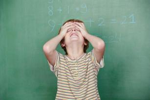 Jak leczyć dyskalkulię u dziecka? Jak rozpoznać pierwsze objawy?