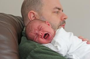 Spędza sen z powiek, niepokoi rodziców. Wszystko o kolce niemowlęcej