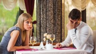 Jak poprawić libido podczas romantycznej kolacji? 10 polecanych sposobów!