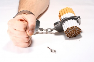 Palisz i nie wiesz, jak zerwać z nałogiem? Poznaj etapy rzucania palenia.