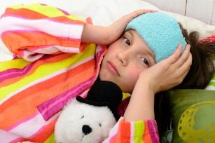 Gdy dziecko narzeka na ból głowy – sprawdź, co może to oznaczać.