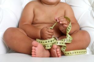 Otyłość u dziecka. Co ją powoduje i jak ją leczyć?