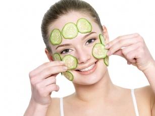 7 suplementów diety i produktów dla pięknej skóry ciała