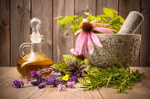 Szybka pomoc przy nerwicy. 5 skutecznych ziół i dieta na ukojenie nerwów
