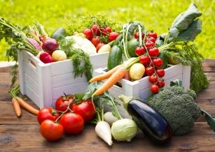 Sałata, kabaczek, pomidor... dieta warzywna wg dr Dąbrowskiej.