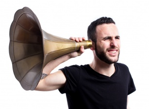 Jak poprawić słuch? Poznaj naturalne sposoby