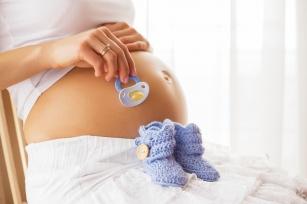 Przedstawiamy 8 rzeczy, których powinnaś unikać w ciąży