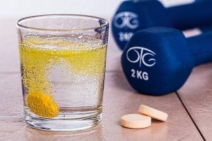 Czy stosowanie suplementów diety ma sens?
