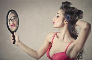 Makijażowe błędy, które niszczą twoją skórę