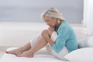 Jak zwalczać poranny ból stawów? Kiedy należy zgłosić się do lekarza?