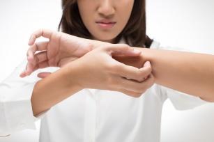 Pielęgnacja skóry atopowej. Praktyczne rady