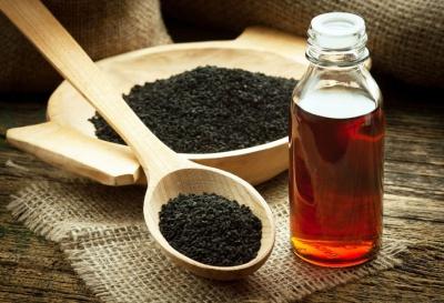 Olejek z czarnuszki - Właściwości i zastosowania