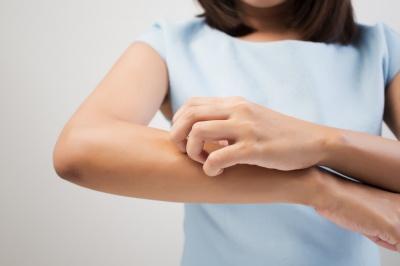 Skóra alergiczna i atopowa? Wyjdź z cienia i nie wstydź się! 8 najlepszych kosmetyków