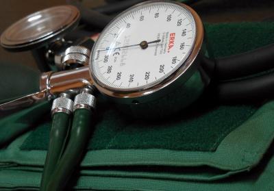 Ciśnieniomierz - dlaczego warto posiadać go w domu?