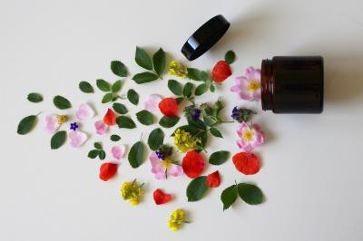 Kosmetyki naturalne – coraz popularniejsze w Polsce