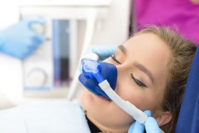 Czy można wyleczyć wszystkie zęby pod narkozą?