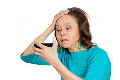 Nie pozwól by z głowy spadł ci włos! Łysienie u kobiet - z czego wynika i jak z nim walczyć?